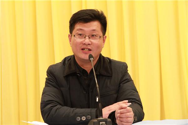赵大中副校长主持会议