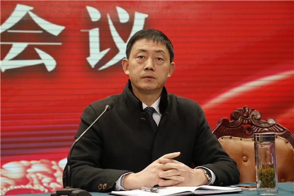 党委委员李长红同志布置新学期班主任工作