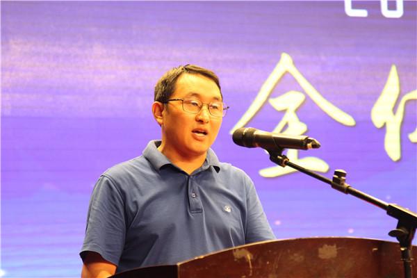 高三年级主任李善学作表态发言